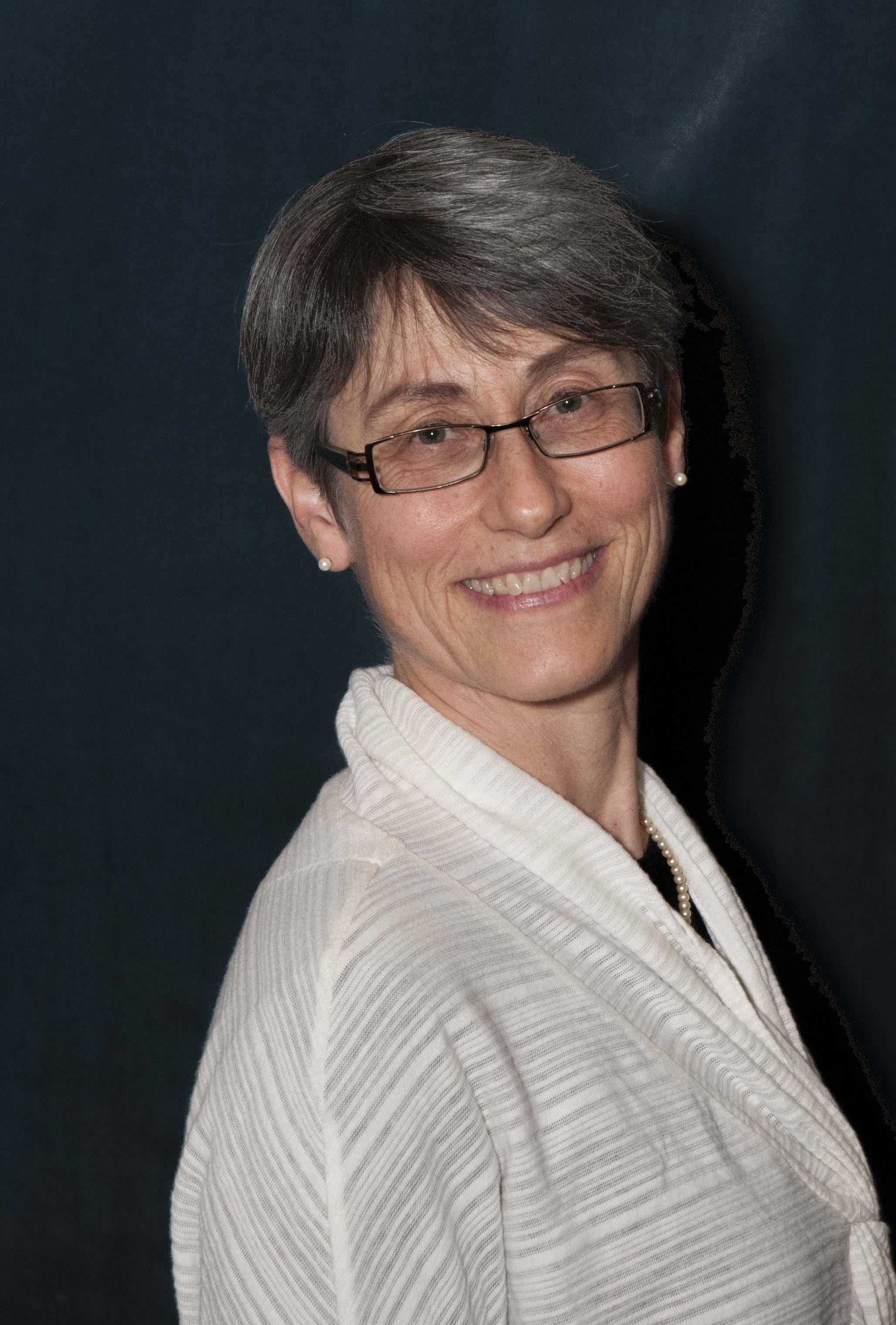 Dr. Miriam Diamond